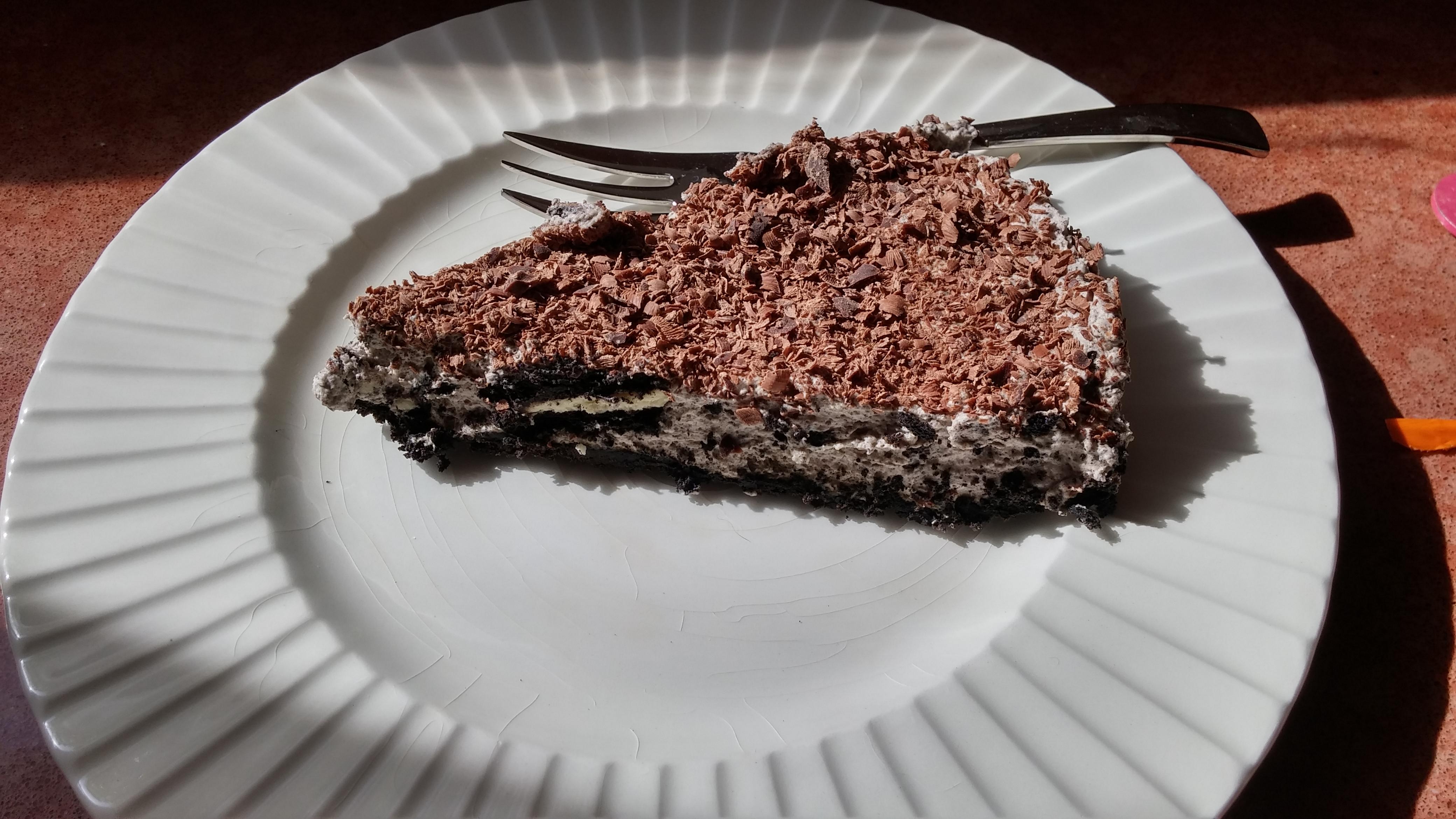 Oreo Cookies and Cream Cheese Cake